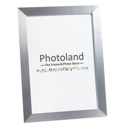 Silver metal polished aluminium frame  - A4 (29.7 x 21cm) size - 2.6cm wide