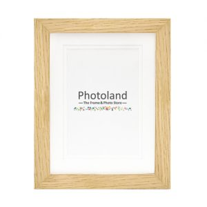 "Matted oak wooden frame - 4x6"" (10x15cm) - 2cm wide"